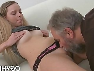 Amateur Babe Fuck Hardcore Kiss Small Tits Mature Old and Young