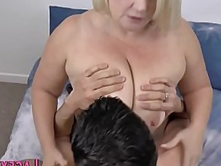 grote tieten grote pik doggy style vettig oma hardcore hd enorme lul